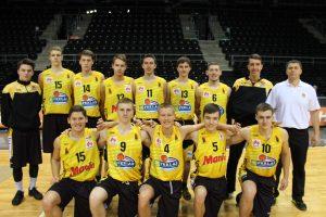 1998 m. g. vaikinų komanda, treneris Dainius Bertulis