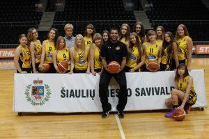 """Krepšinio akademijos """"Saulė"""" merginų (2000-2001 m. g.) komandos įtikinama pergalė Marijampolėje !"""